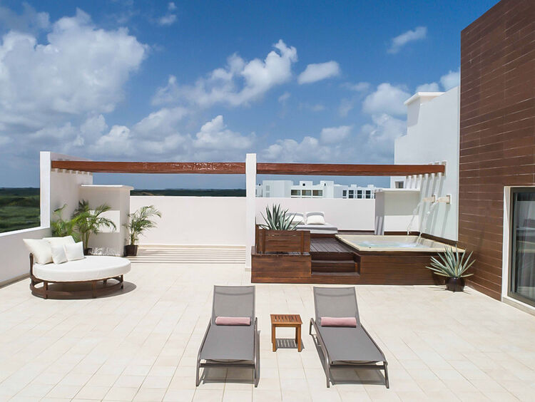 Romantic Jacuzzi Suites in Playa Mujeres Mexico