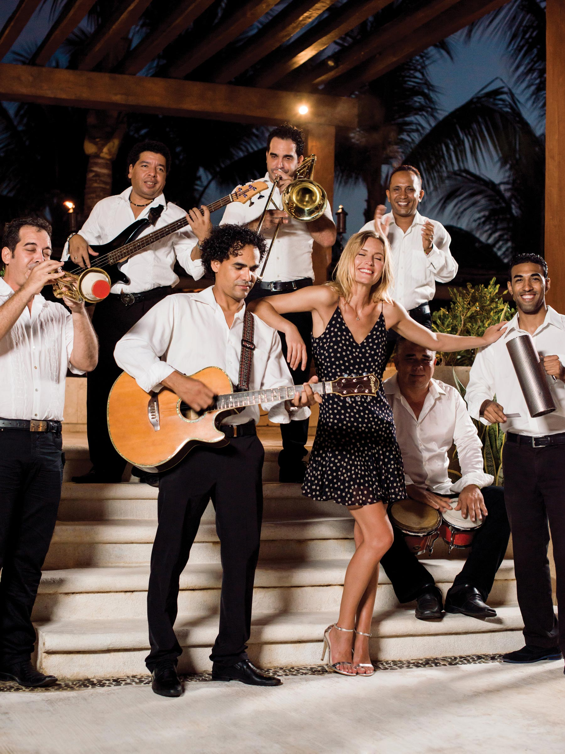 Excellence Playa Mujeres Resort Live Music
